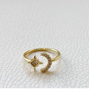 Jewelry - 14k Gold Moon and Star CZ Dainty Ring